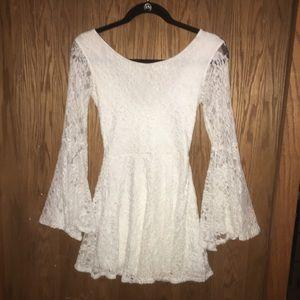 A'GACI White Long Sleeve Floral Lace Mini Dress Sm